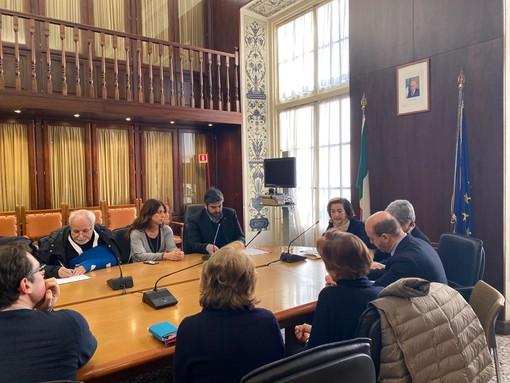 """""""Nave dei misteri"""" e traffico d'armi: incontro in Prefettura per chiedere più attenzione su quanto accade nel porto di Genova"""