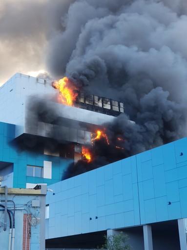 """Incendio uffici Autorità Portuale, Signorini: """"I dipendenti restano a Savona"""""""