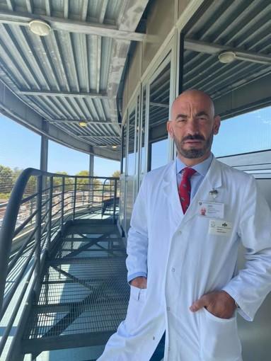 """Covid, Bassetti: """"Nelle ultime 24 ore tre pazienti al San Martino di cui due gravi, tutti non vaccinati"""""""