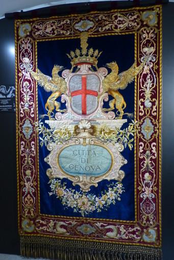 Apre oggi a Palazzo Bianco la mostra 'Trionfo di virtù' dove il ricamo è protagonista (FOTO)