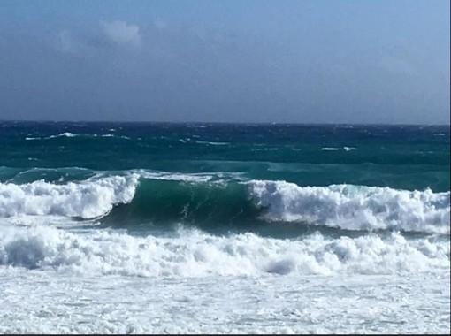 Ancora temporali e mareggiate sulla Liguria. In vista un calo delle temperature