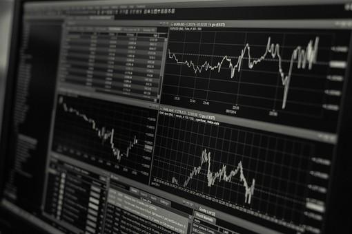 I movimenti dei prezzi sui mercati finanziari sono determinati da fattori psicologici