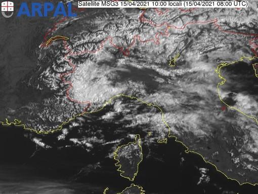 Meteo, schiarite sulla costa e nubi nell'entroterra: le previsioni di Arpal