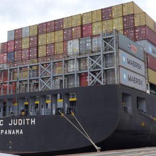 Traffico illecito di rottami elettronici verso il Giappone: i funzionari ADM di Genova Pra' denunciano azienda lombarda