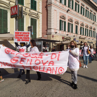 """Protesta Oss, le lavoratrici in Regione: """"Alisa farà un nuovo con concorso a breve"""" (video)"""