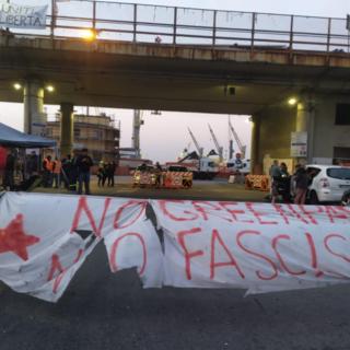 Porto di Genova, quinto giorno di protesta silenziosa in varco Etiopia (FOTO e VIDEO)
