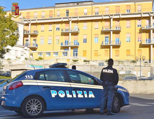 Trovato un cadavere a Sampierdarena con una ferita di coltello alla pancia