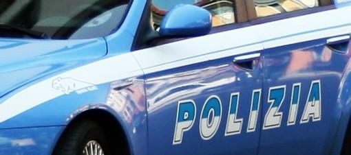 Danneggia un distributore automatico in via Cecchi: denunciato un 48enne