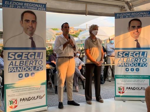 """Pandolfo chiude la campagna elettorale insieme alla senatrice Pinotti: """"Nei cinque anni di giunta Toti la Regione è stata abbandonata a se stessa"""" (VIDEO)"""