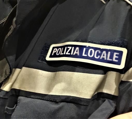 Ruba in un punto Coin di XX Settembre a Genova, inseguita per strada dagli addetti e fermata dai passanti. Arrestata dalla Polizia locale