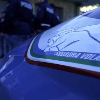 Tentato furto in un centro commerciale: tre giovani denunciati