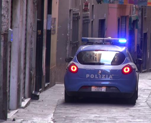 Rapine nel centro storico di Genova: due arresti