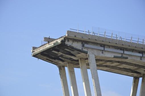 """Ponte Morandi, spuntano le intercettazioni: """"Non ero mai andato a vedere questo ponte"""""""