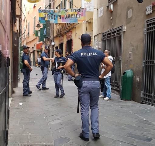 Centro storico: colto in flagrante, pusher arrestato