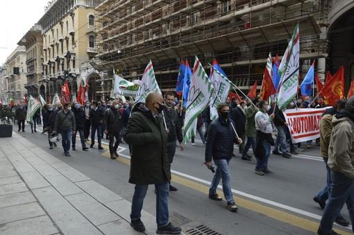 """Leonardo, Nonazzi (Fiom): """"No alla vendita dell'automazione e allo spostamento della divisione cyber alla Fiumara"""""""