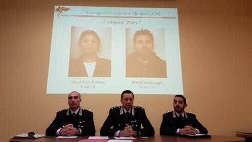 Ottengono bottino da 50mila euro raggirando anziane sole a Mondovì: arrestati madre e figlio sinti