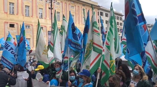 """Fisascat e Uiltucs Liguria: """"Venerdì presidio in piazza De Ferrari, manifesteremo ogni mercoledì se non arriveranno risposte"""""""
