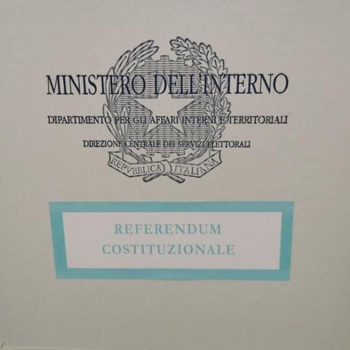 Affluenza al voto: la media in Liguria è attorno al 14% per le regionali e al 15% per il referendum