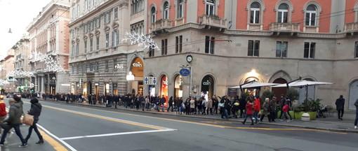 Covid, in Liguria l'Rt sale a 1,1, cresce il contagio nel paese e in Europa, a Barcellona torna il coprifuoco