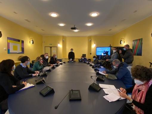 Il 3 dicembre partono le domande al Comune per l'erogazione dei buoni spesa (VIDEO)