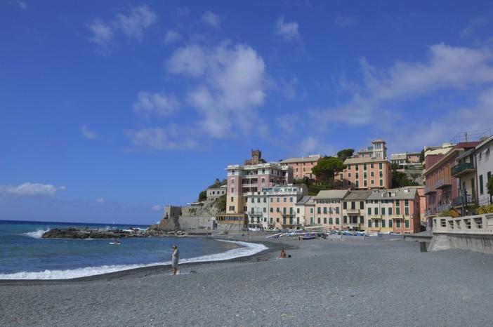 Liguria, le disdette negli hotel per il green pass ammontano al 3%, la stima di Federalberghi in vista del 6 agosto