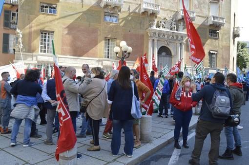 Sicurezza sul lavoro: arriva anche a Genova la mobilitazione nazionale indetta da Cgil, Cisl e Uil (VIDEO e FOTO)