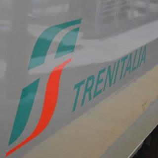 Genova Brignole, treno regionale diretto a La Spezia sovraffollato: stop al convoglio per 20 minuti