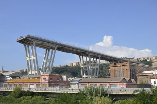 Autostrade: ricostruzione del ponte in 9 mesi
