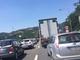 Mezzo pesante in avaria, chiusa al traffico l'entrata di Genova Pra'