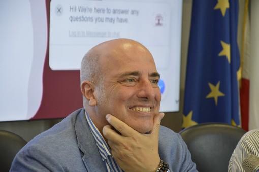 """Vandali contro sede Ugl, Berrino: """"Democrazia per alcuni si manifesta imbrattando e danneggiando"""""""