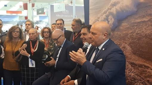 """Turismo, Toti e Berrino: """"Ottimi i dati diffusi da Assoturismo per il primo weekend di agosto"""""""