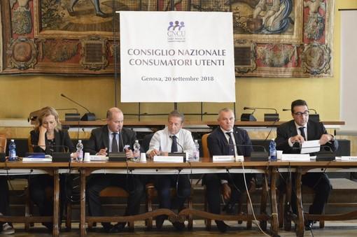 Il Consiglio nazionale Consumatori Utenti a Genova, la ricetta per uscire dall'emergenza