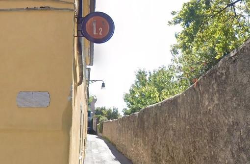 """Dopo la raffica di multe in via Capo di Santa Chiara arriva l'interrogazione a Tursi, Pandolfo: """"Occorre regolamentazione definitiva"""" (VIDEO)"""